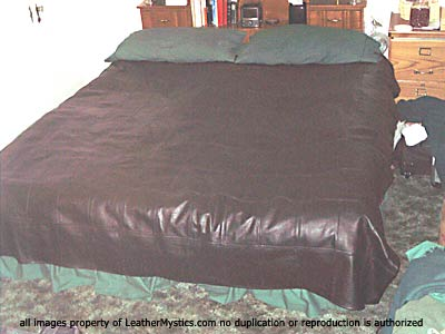 KING SIZED LEATHER DUVET